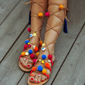 shoes,chiclook closet,boho,summer,girly,gladiators,style,flats,flat sandals,sandals,multicolor,pom poms