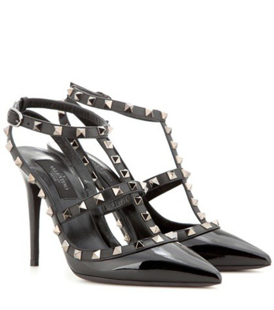Valentino Rockstud Patent Leather Pumps in black
