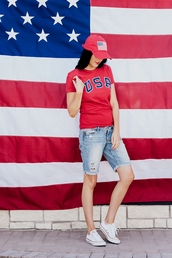 t-shirt,tumblr,july 4th,usa,red t-shirt,shorts,sneakers,white sneakers,low top sneakers,cap,baseball cap,baseball hat,shoes