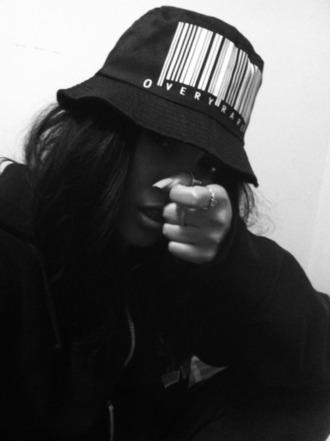 black hat bucket hat fashion killa dope sick riri rihanna style sweet best