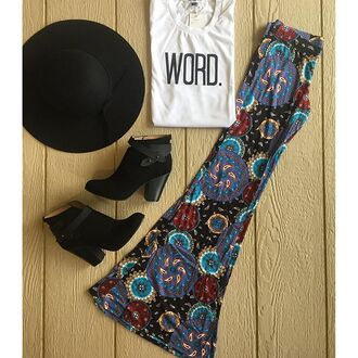 pants divergence clothing bell bottms bell bottoms hippy pants boho pants boho hipster floppy hat black floppy hat graphic tee grunge t shirt black boots ankle boots hippie chic boho chic paisley bohemian