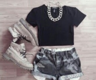 shorts grunge military style military shorts top cropped black military boots