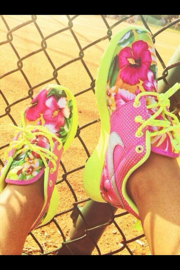 shoes roshe runs floral pink green lime colorful nikes colorful floral nike nike roshes floral nike roshe run nike shoes womens roshe runs dress jewelry yellow flowers tropical neon nike roche run floral