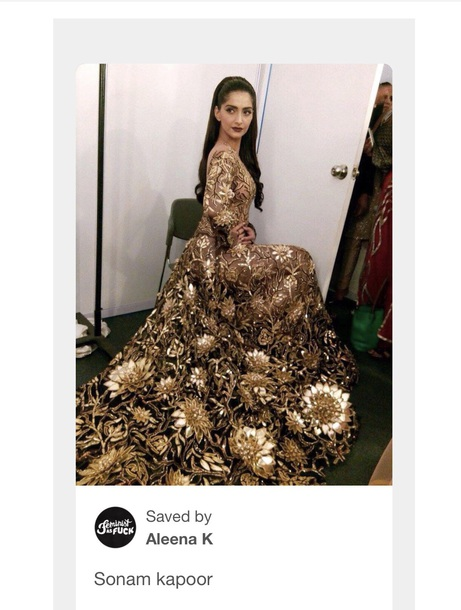 dress sonam kapoor yuva awards dress