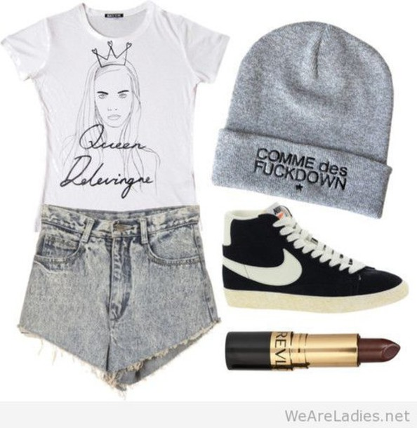 jeans outfit hat grey beanie dark lipstick cara delevingne shirt white shirt cute queen shorts denim shorts denim High waisted shorts