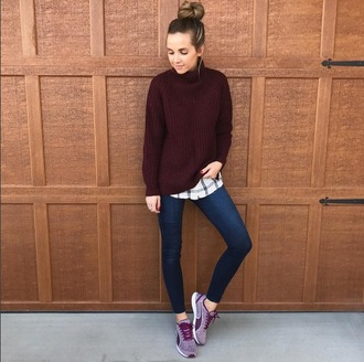 merrick's art // style + sewing for the everyday girl blogger sweater jeans shoes burgundy sweater skinny jeans sneakers