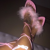 shoes,pink,baby pink sandals,fur,baby pink,furry sandals,strappy sandals