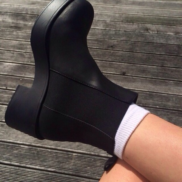 Awesome   Affordable Fashion For Costconscious Males The Chelsea Boot