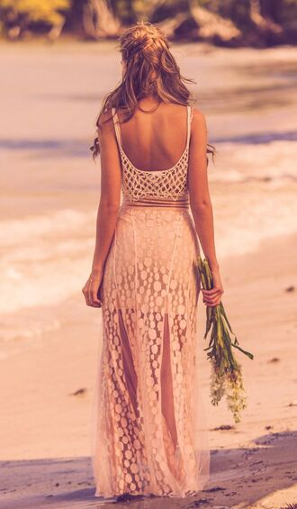 dress maxi beach beach dress beach maxi summer summer dress low back low back maxi pink lace pink lace dress hippie dress summer outfits low back dress lace dress lace pink pink dress boho boho chic boho dress elegant elegant dress hippie hippie chic open back open back dresses