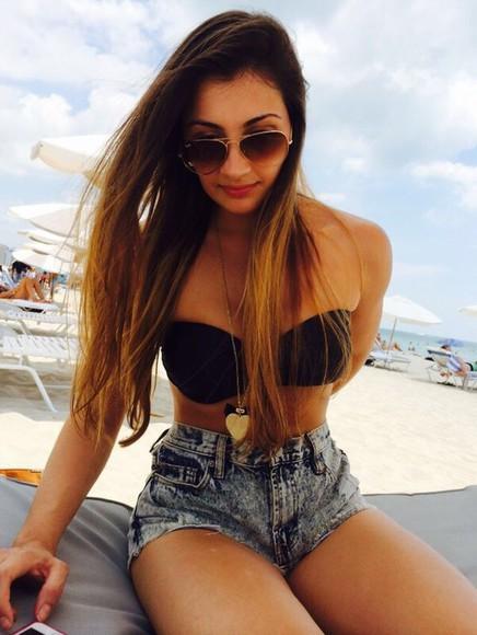 jeans ombre hair balayage destroyed jeans aviator sunglasses bikini