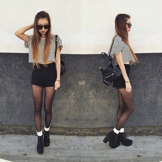 shoes shorts stripped shirt ankleboots