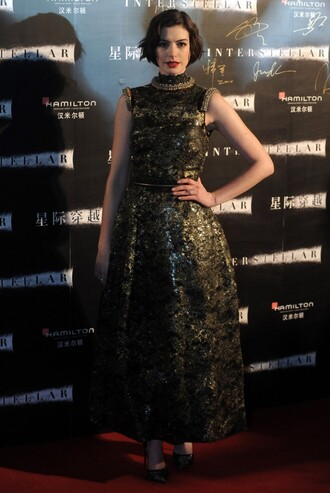dress metallic gown anne hathaway fashion
