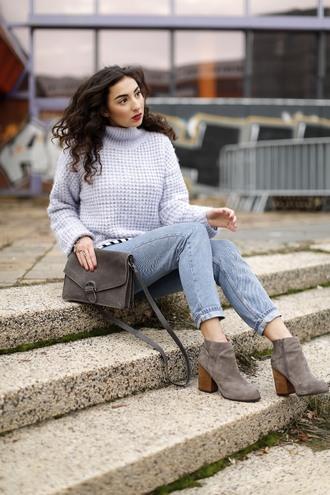 samieze blogger jeans bag sweater blouse shoes