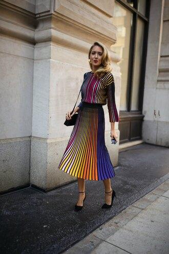 memorandum blogger sweater skirt jewels sunglasses fall outfits kenzo sweater kenzo pleated skirt pumps