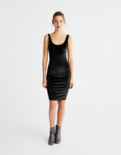 dress,pull and bear,velvet dress,black dress,bodycon dress