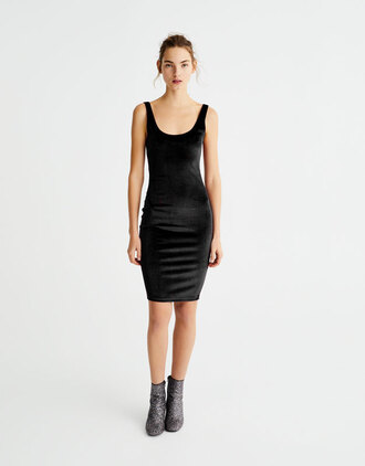 dress pull and bear velvet dress black dress bodycon dress