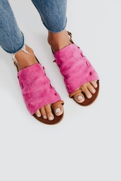 shoes,sandals,flats,flat sandals,pink,pink shoes,suede,leather,brown,brown shoes,pink leather,brown leather,summer,summer outfits,spring,spring outfits