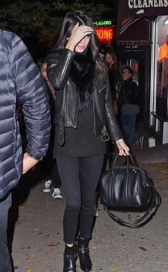 jacket kendall jenner fall outfits shoes scarf fur scarf