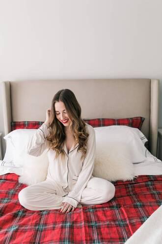 pajamas tumblr white pajamas silk pajamas bedding bedroom tumblr bedroom tartan plaid pillow