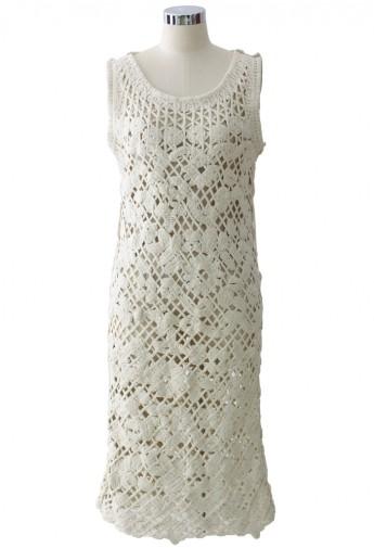 Floral crochet chunky knit shift dress