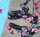 swimwear,halter top,bikini,beach riot,taylor ashley,beach riot bikini,beach riot swim,suit,halter top bikini,halter bikini,hipster bottom,boho chic,boho,boho bikini,floral bikini,studded,studs,studded bikini,floral swimwear