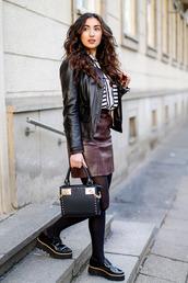samieze,blogger,leather jacket,burgundy skirt,leather skirt,black bag,mini bag,black shoes
