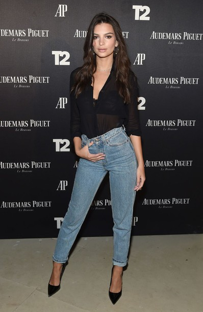 shoes pumps boyfriend jeans jeans emily ratajkowski top blouse model off-duty