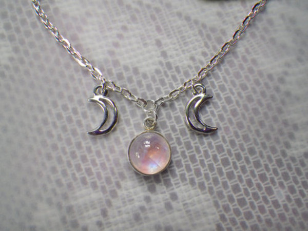 jewels moon stone lilac rose idk vintage alternative fairy necklace gemstone pendant full crescent moon silver moon necklace grunge soft grunge pale tumblr cream #weheartit #woolly #soft weheartit cool cute teen wolf necklace necklace glitter quartz space sparkle