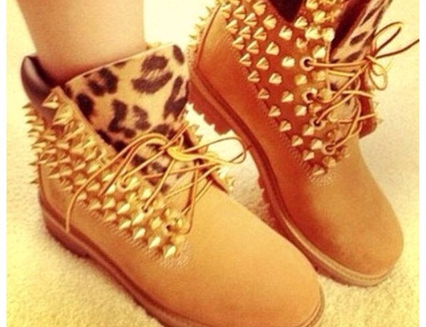 shoes tan studded timberlands