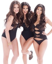 swimwear,khloe kardashian,kim kardashian,kourtney kardashian,sexy,monokini,cut-out,black,keeping up with the kardashians