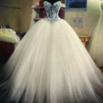dress wedding dress prom dress white dress white cristals diamonds cocktail dress beautifull beautifull dress white beautifull dress wedding puffy fluffy skirt ballgown sprakles
