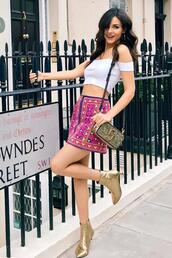 skirt,mini skirt,victoria justice,celebrity,ankle boots,top,off the shoulder,crop tops