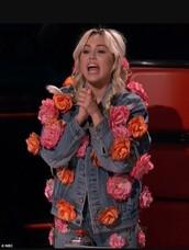 jacket,denim jacket,roses,embellished jacket