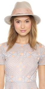 Дизайнерские женские шляпы