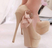 shoes,heels,tan heels,tan,diamonds,ribbon