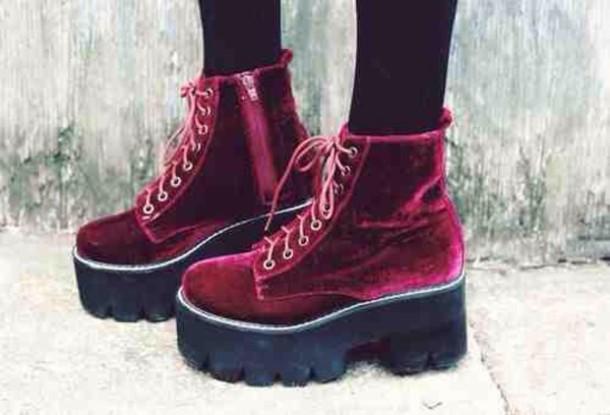 """90s retro boots"""