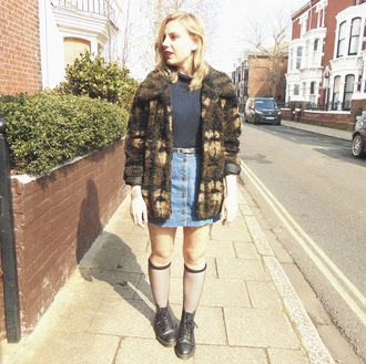 the velvet black grunge blogger socks denim skirt fuzzy coat drmartens