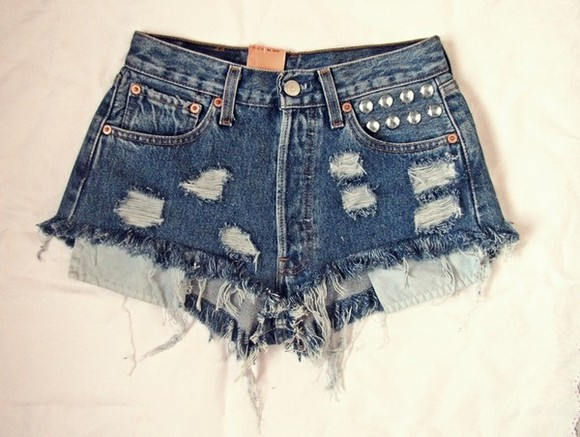 shorts denim distressed hipster jeans blogger love style ootd destroyed destroy zerissen nieten studded vintage levis shorts