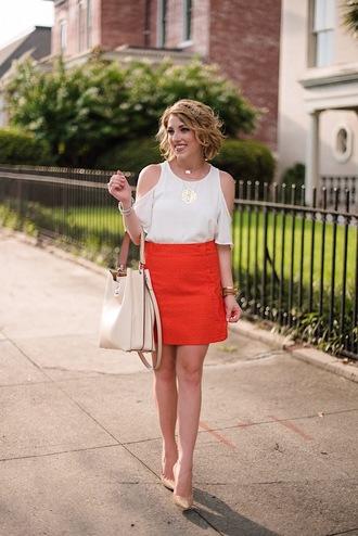 something delightful blogger top skirt jewels shoes bag