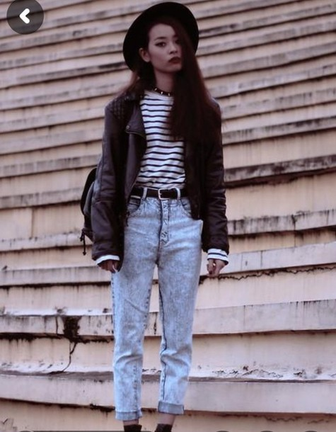 jeans high waisted jeans 90s grunge vintage 90s style striped shirt black  hat shirt