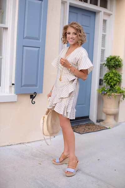 something delightful blogger dress shoes jewels bag jacket wrap dress round bag spring outfits sandals