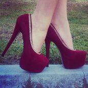 shoes,burgundy heels,chain,burgandy felt high heels,burgundy shoes,velvet shoes,high heels,sexy pumps,red shoes,gold chain shoes,burgundy,gold rim,heels,heels maroon,maroon heels,platform heels,high heel pumps,platform pumps