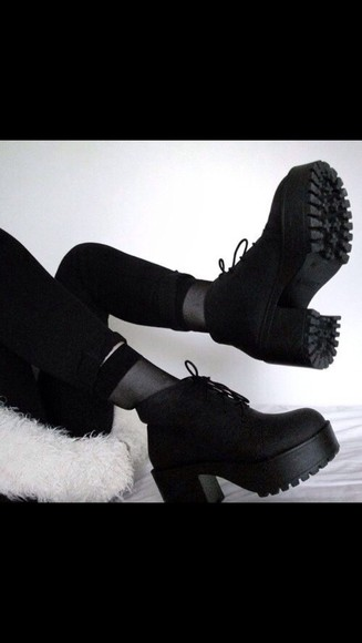 shoes platform black boots fashion cute pretty nice summer accessorise accessory accessories