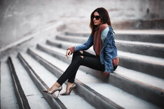 fashionedchic blogger sweater jacket jeans shoes