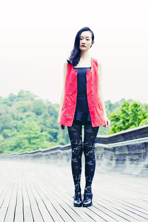 pupuren jacket jewels tights shoes