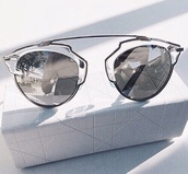sunglasses,silver sunglasses,mirrored sunglasses,glasses,sunnies,accessories,Accessory,fashion,style,modern,metal,glass,sunscreen