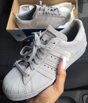 shoes,adidas,adidas shoes,grise,adidas superstars,suede,grey,love,trainers,superstar,grey sneakers,suede sneakers,tublr,tumbr,weheartit,instagram,adids. adidas shoes,size 5,adidas originals,grey shoes,grey adidas,adidas berlin,shorts,seude,addidas superstars,any tips pls :),nice,greysuperstars,greyadidas,adidassuede,suedesuperstars,suedegreysuperstars,80s berlin,grey superstars,low top sneakers