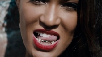 jewels grill golden vampire teeth bling yonce jourdan dunn