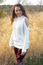 sweater,cold shoulder sweater,turtleneck,floral,ivory,leggings