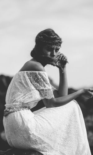 Reine  ›  grace loves lace – unique bridal fashion
